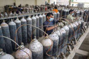 कोभिड संकट नटर्दै अर्बौंको अक्सिजन उद्योगहरु बिक्रीमा चढाए उद्योगीले